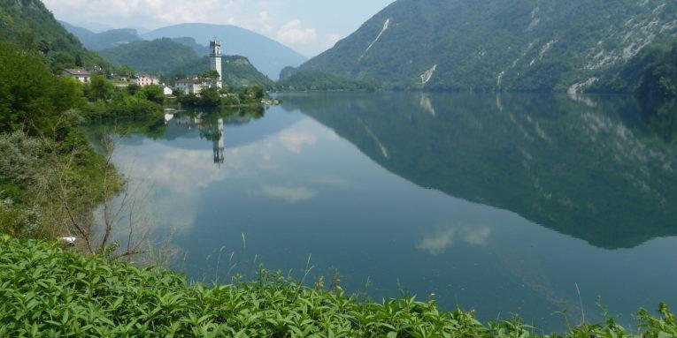 nordic walking sul Lago del Corlo